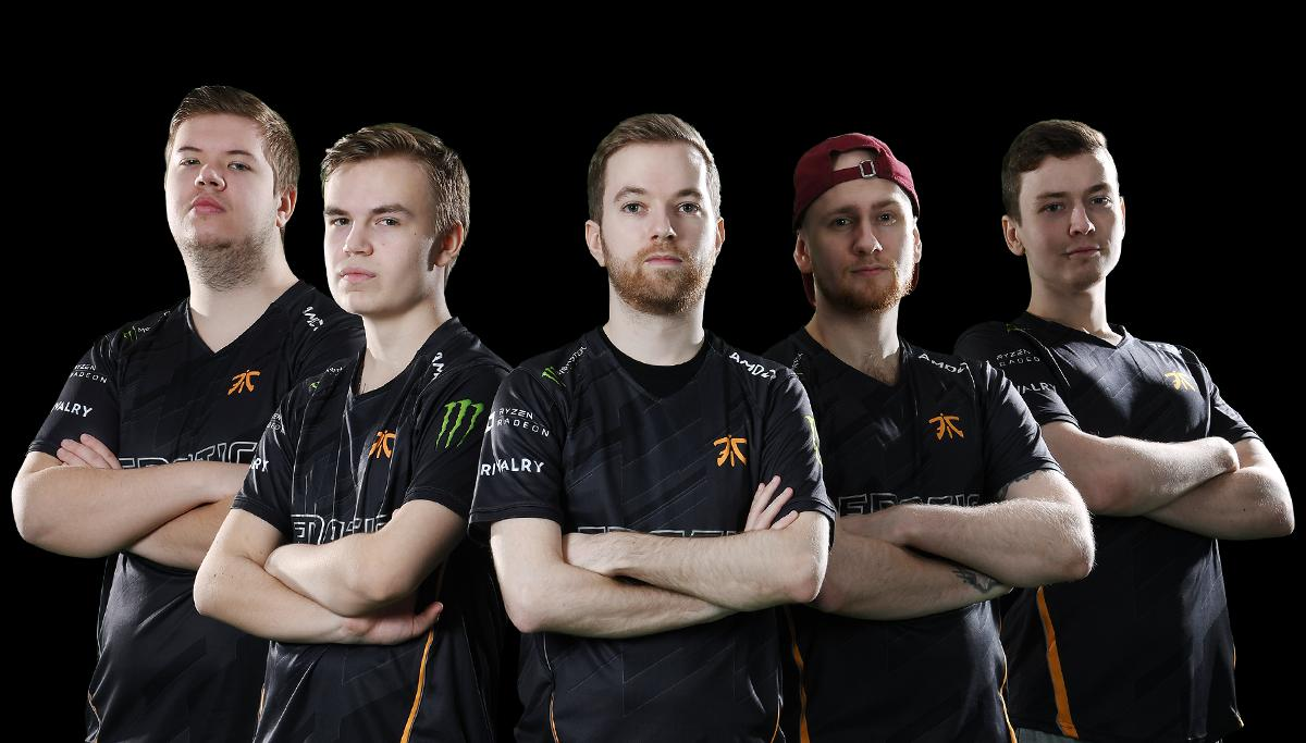 Don't try this in solo queue: Breaking down the Fnatic Smoke Wall image